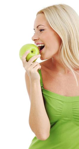 lady_eating_apple.jpg